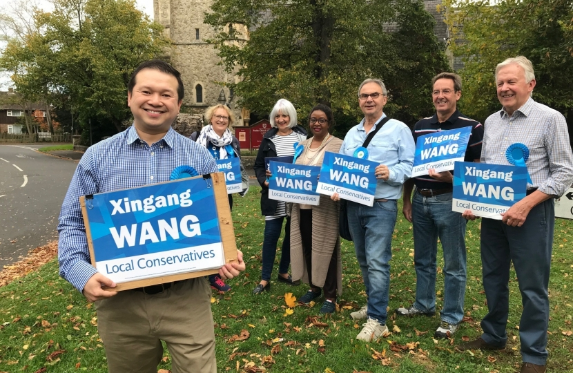 Xingang with supporters in East Molesey